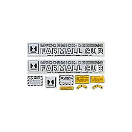 MC D Farmall Cub 1947-49: Mylar Decal Set
